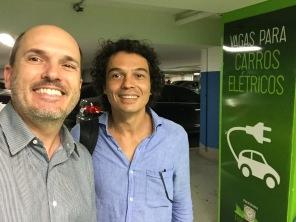 Eu e o Cesar, outro maluco que tem um i3.